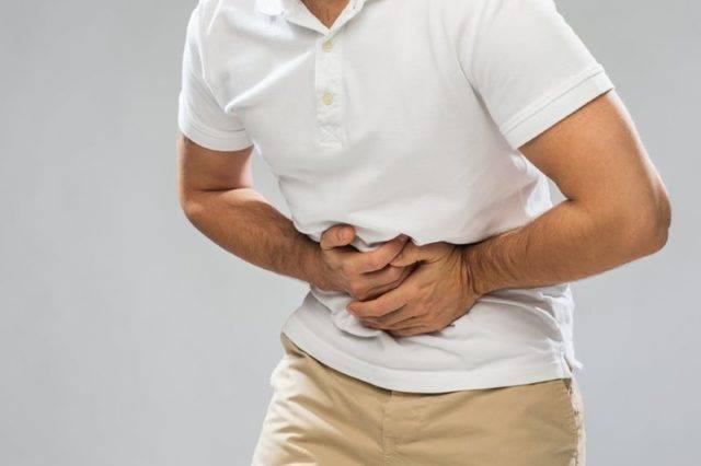 Болит желудок после алкоголя — что делать?