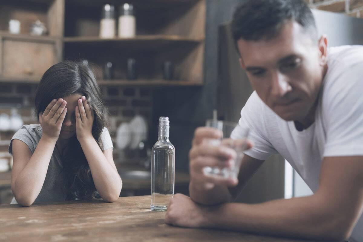 Что делать, если мама пьёт?
