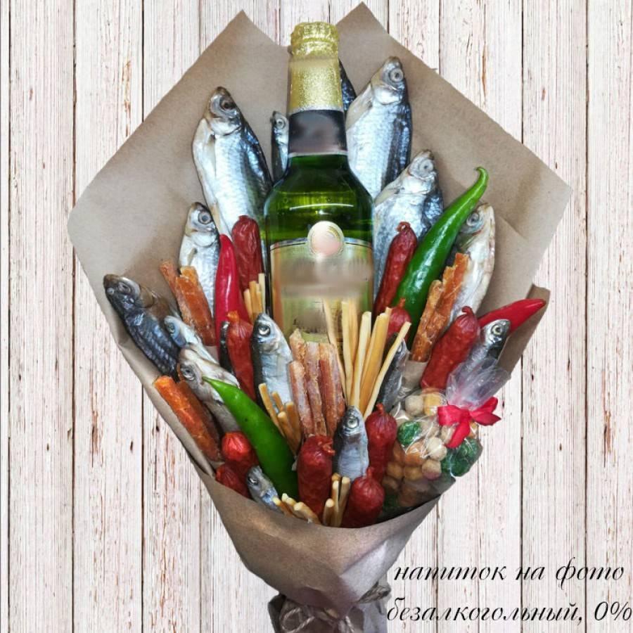 Букет для мужчин из пива и закусок (рыбы и колбасы) пошагово новые идеи. мужской букет из продуктов и алкоголя