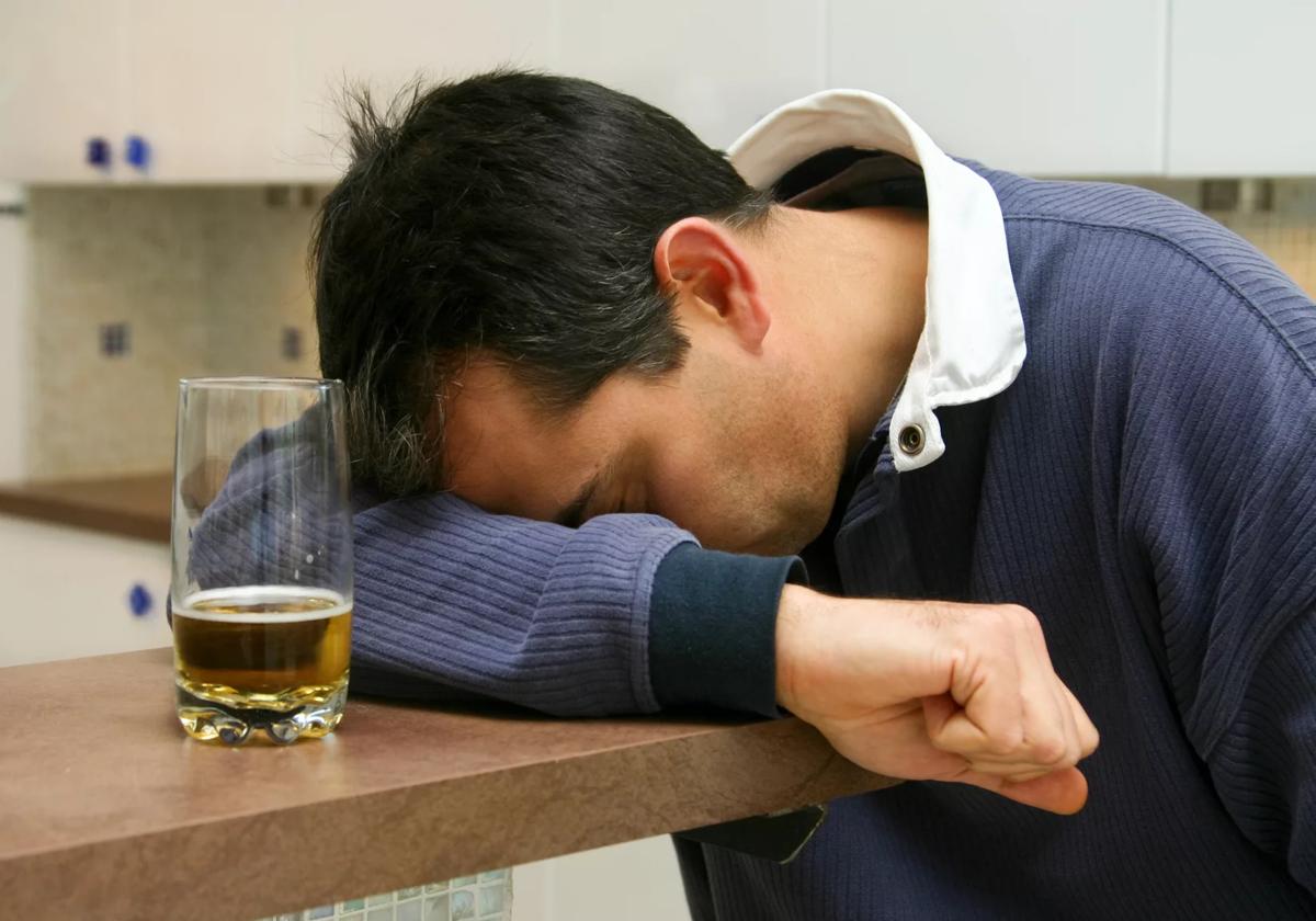 Как помочь алкоголику бросить пить: рекомендации специалистов, отзывы