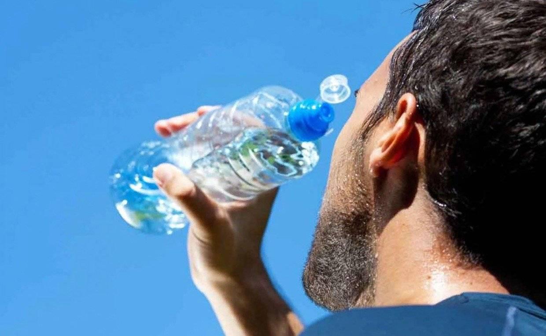 7 причин, почему тебя мучает жажда, даже когда пьешь воду ведрами