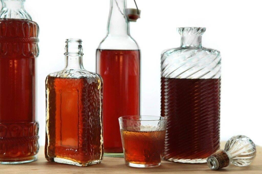 С чем пить ликер амаретто