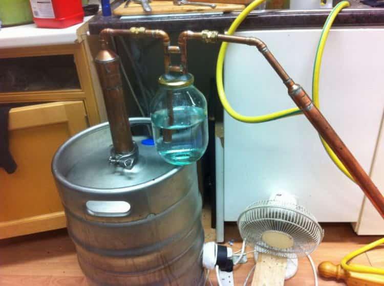 Технология очищения самогона бентонитом в домашних условиях. пропорции и время разведения раствора для очистки браги