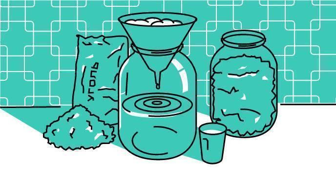 Как правильно очистить самогон углем от сивухи? каким углем лучше очищать в домашних условиях
