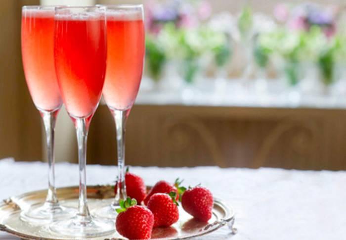Вино из клубники в домашних условиях: простые рецепты приготовления напитков со вкусом ягоды, в том числе игристого, а также настойки