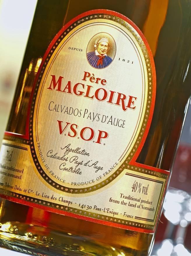 Обзор кальвадоса Pere Magloire Пер Маглуар