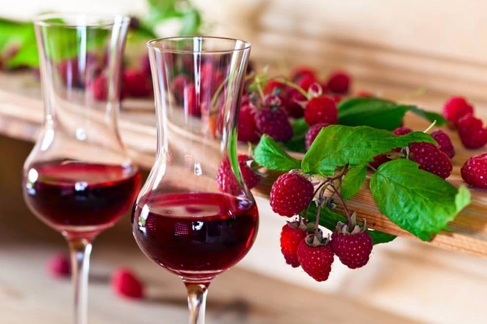 Малиновая водка: 115 фото простых алкогольных рецептов и особенности их использования