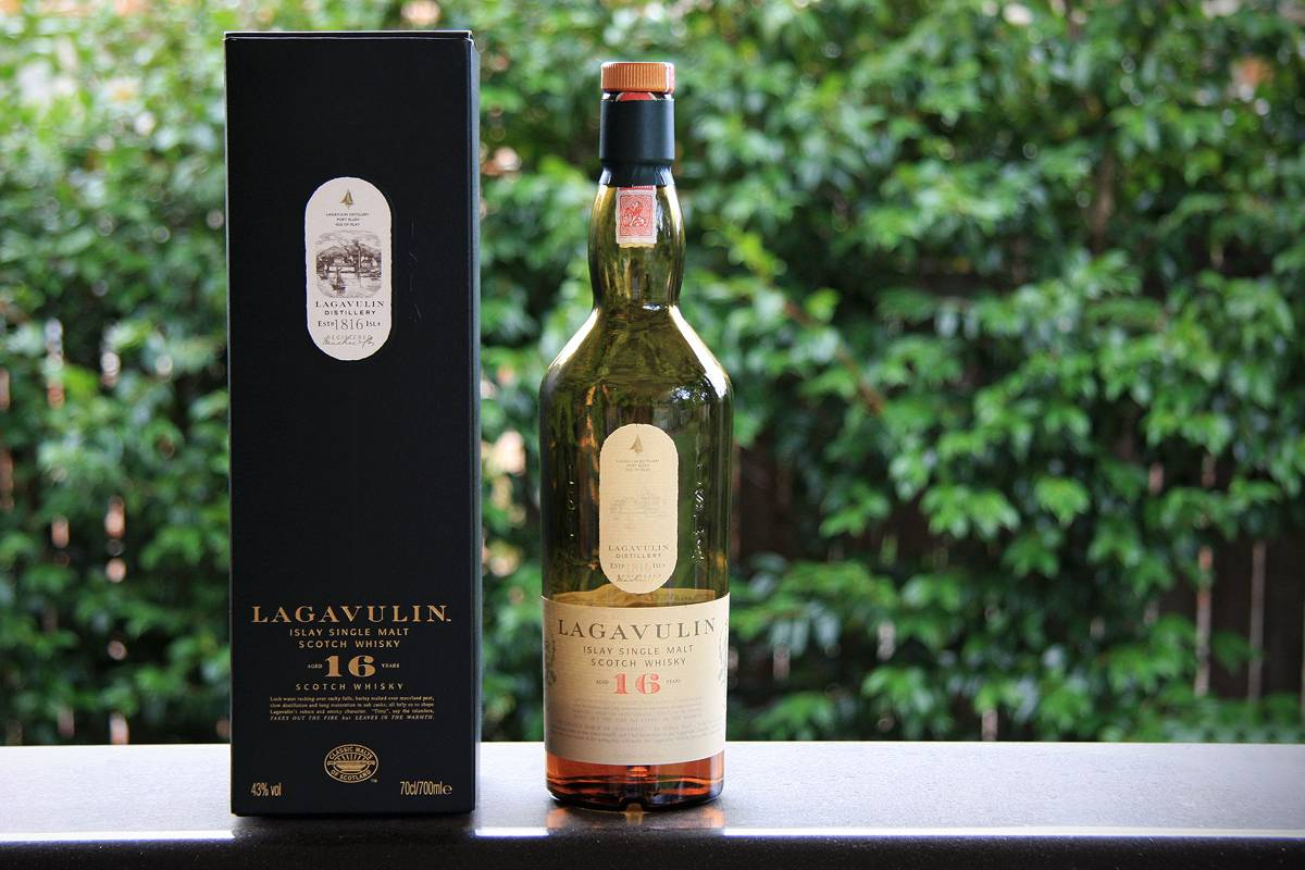 Обзор виски lagavulin 16 years old (лагавулин 16 лет выдержки)