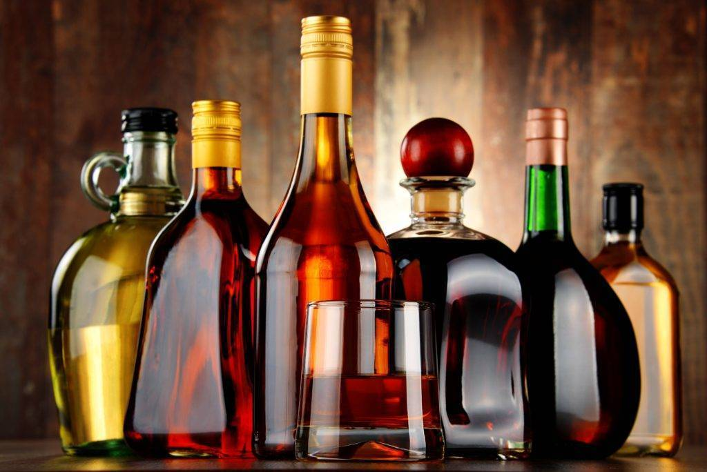 Крепкие алкогольные напитки: список [2018] марок ? с названиями, самые сильно высокоградусные мировые виды | suhoy.guru
