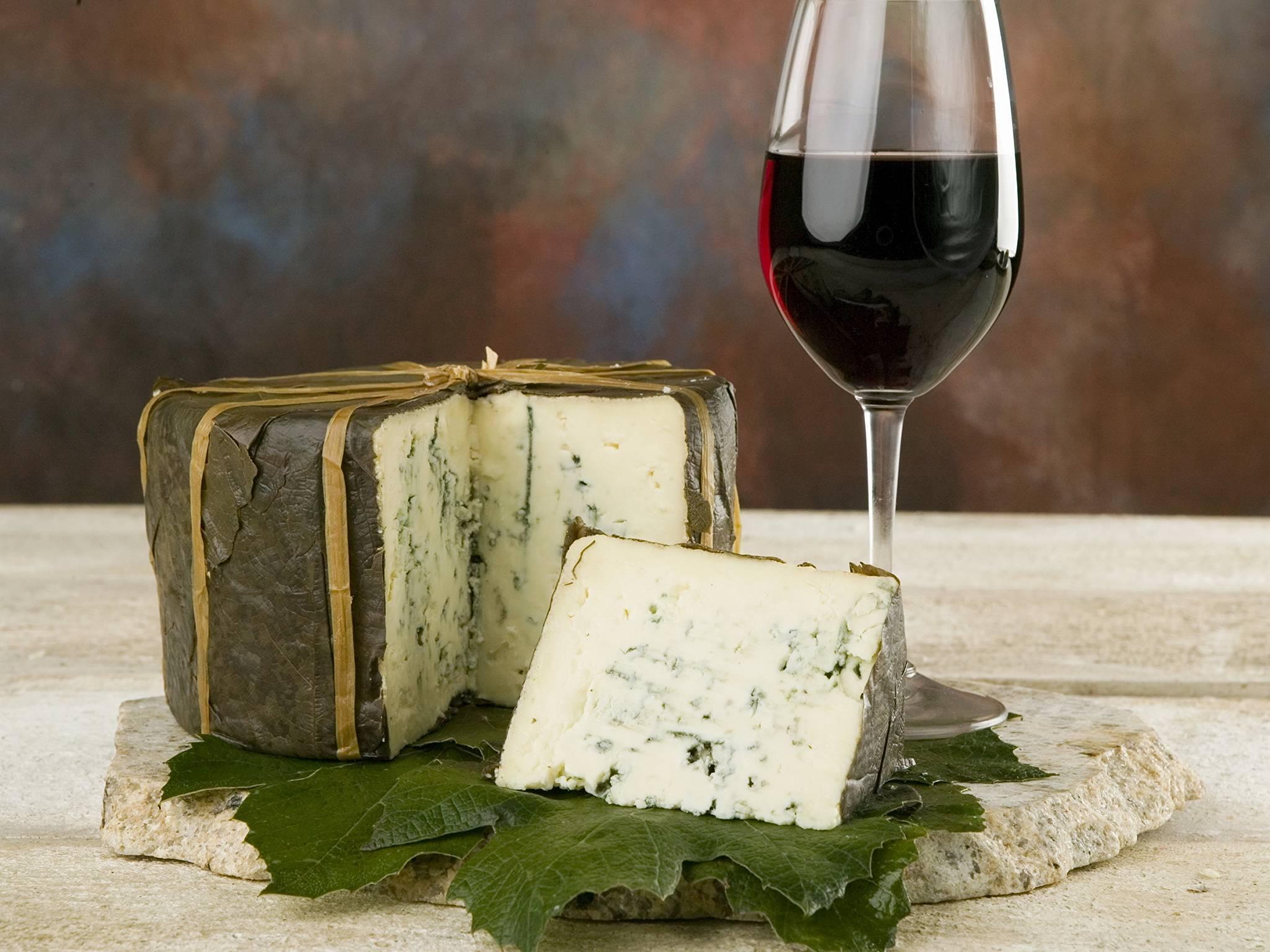 Какие правила сочетания вина и сыра