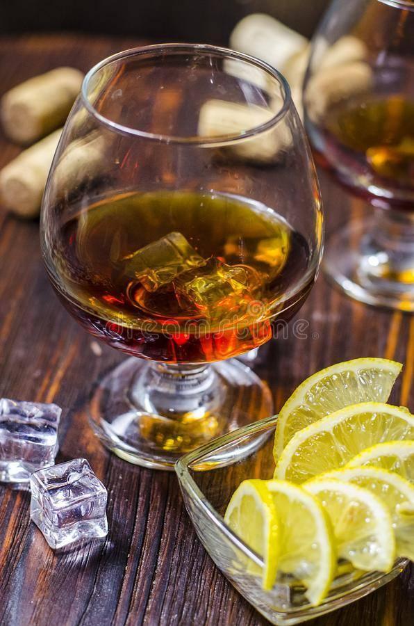 Популярные закуски и еда под коньяк и крепкие напитки | алкогольные напитки