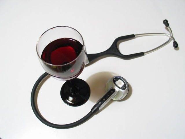 Что можно сделать, если вино зауксилось |