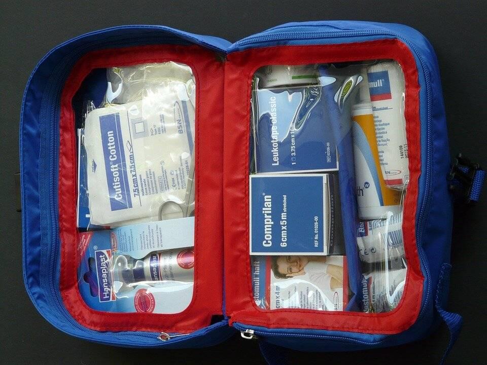 Домашняя аптечка: лекарства, средства и приборы