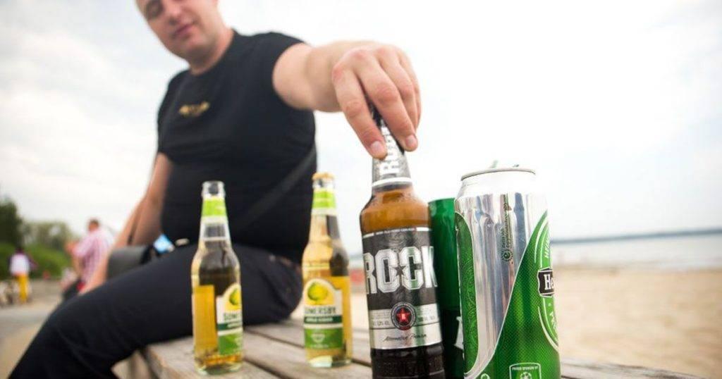 Распитие спиртных напитков в общественных местах: где можно употреблять, а где запрещено, штрафы за нарушение закона