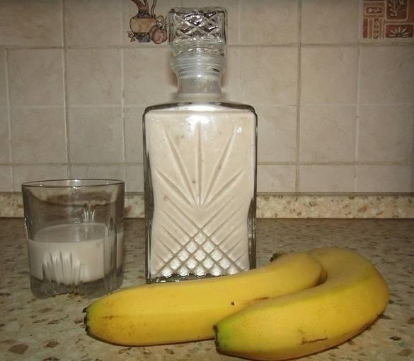Банановый ликер - простейшие способы изготовления сладкого ароматного алкоголя