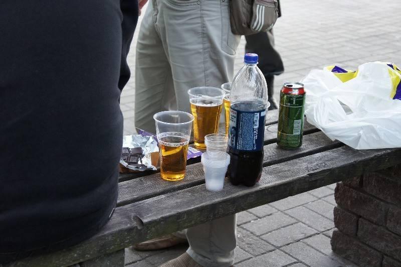 Можно ли пить пиво в парке? можно ли пить пиво на улице, что говорит закон?
