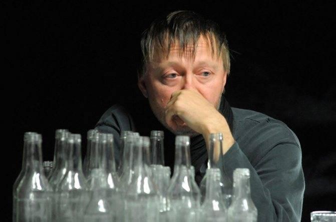 Кто такой латентный (тихий, скрытый) алкоголик, его симптомы и что делать? тайный алкоголик: найти и обезвредить.