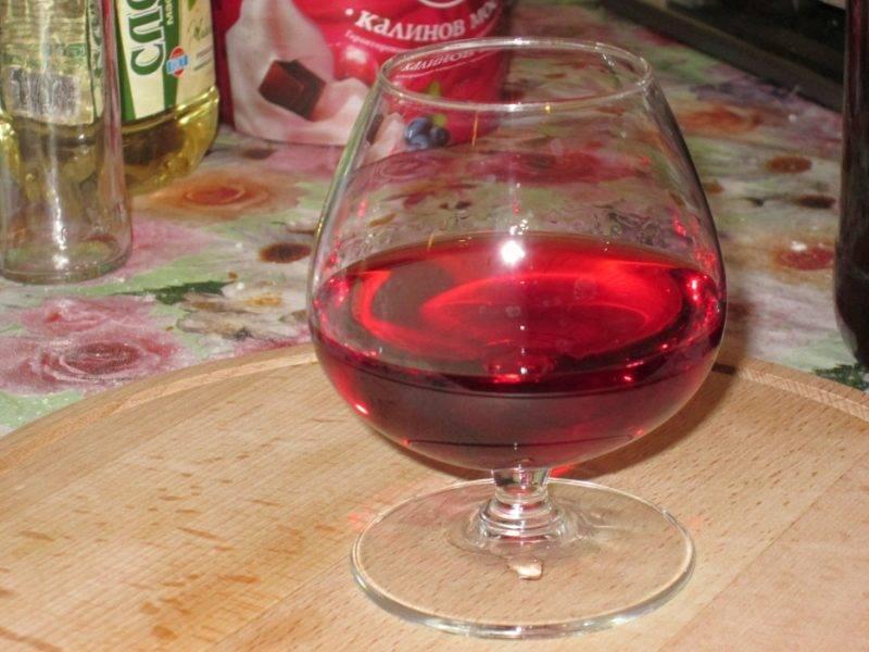 Настойка из калины в домашних условиях — простой рецепт на водке и не только