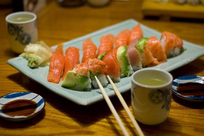 Что пьют с суши? напитки к суши, подходящие идеально