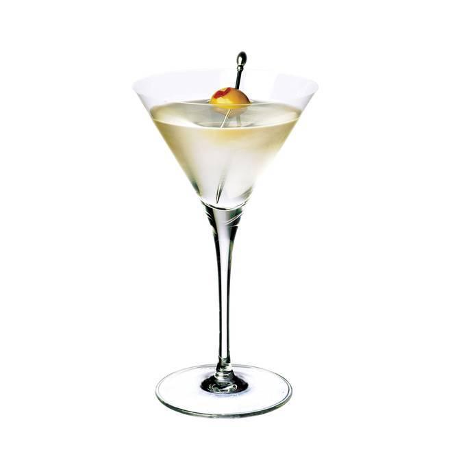 Сухо-сухо-сухо… коктейль сухой мартини.