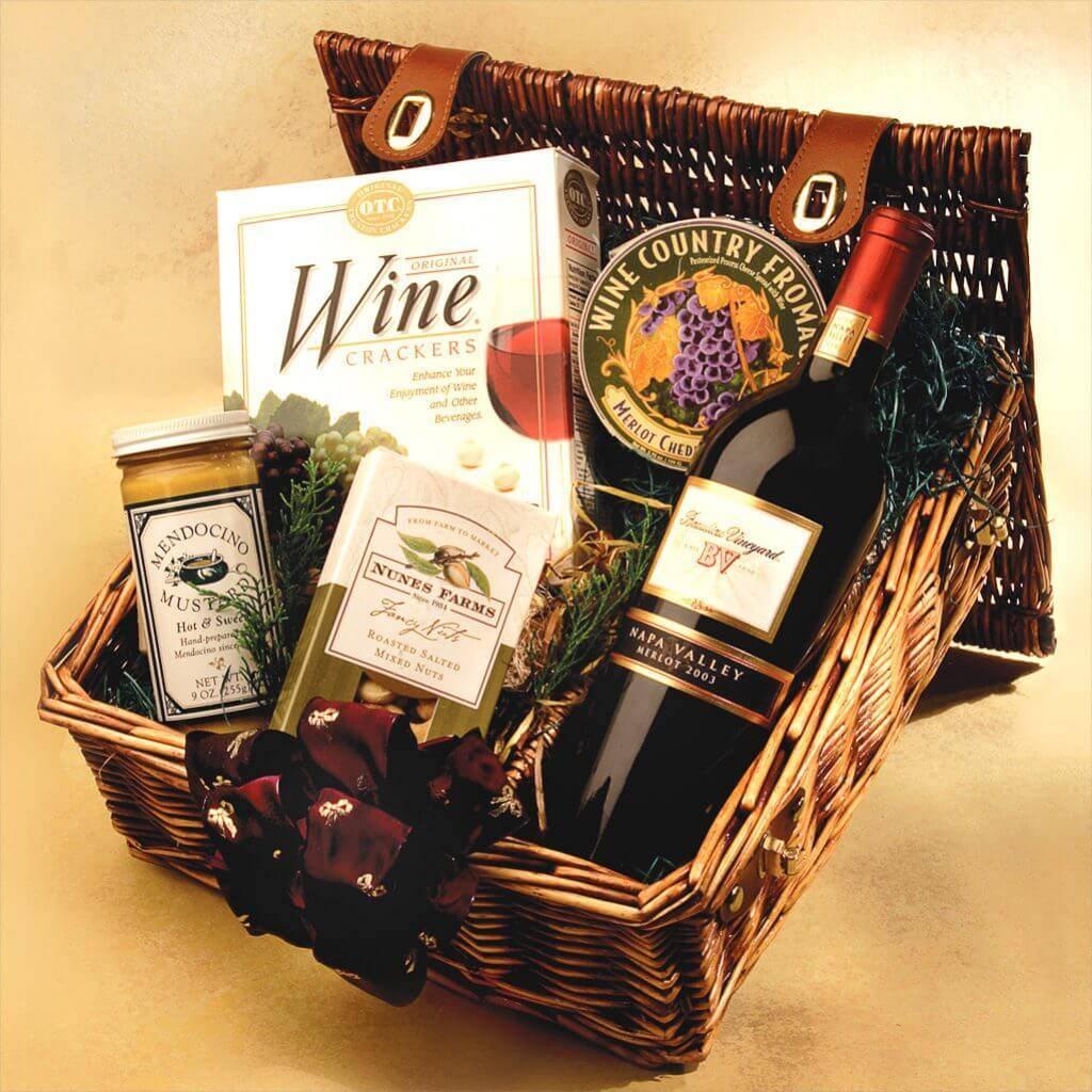 Как выбрать и оформить алкоголь в подарок на 23 февраля?