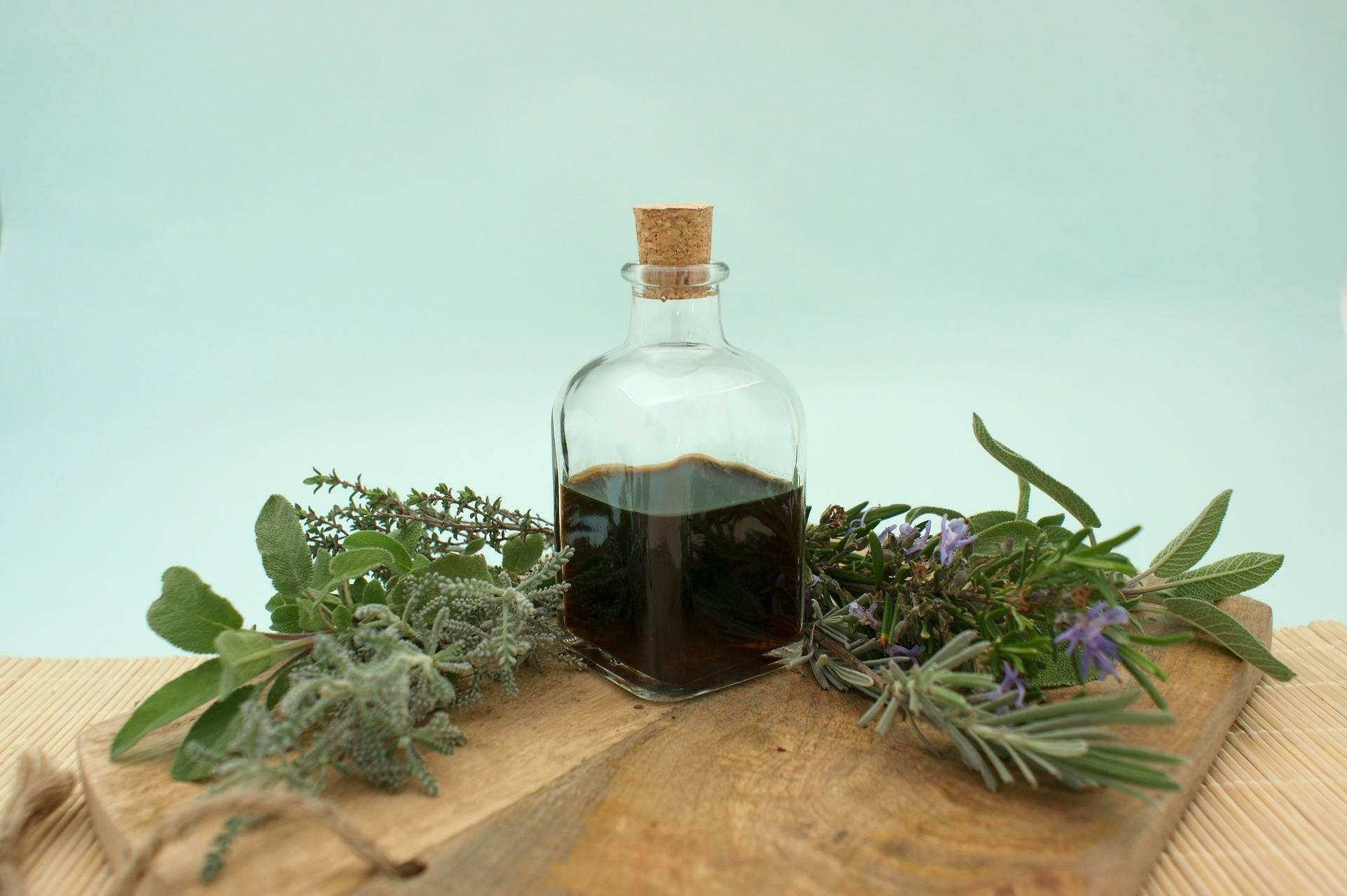 Настойка лаврового листа на водке: и пряность, и лекарство