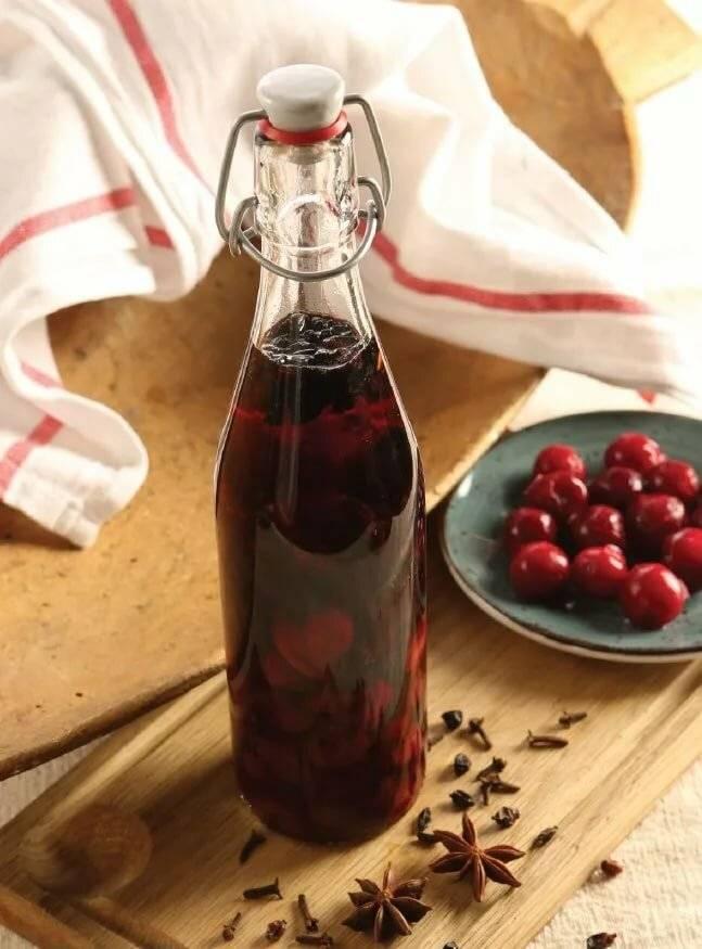 Рецепты кизиловых настоек — дьявольски вкусный напиток из «шайтановой ягоды»