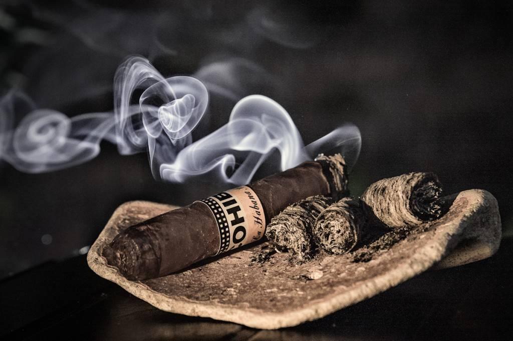 5 сигар, которые должен попробовать каждый мужчина | brodude.ru
