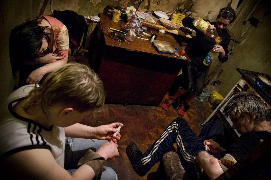 Как выселить соседей: шумных, алкоголиков, асоциальных?