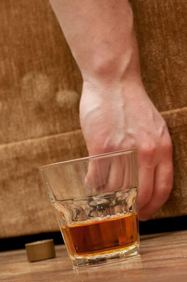 Жизнь с алкоголиком. взгляд психолога | blogopsy.ru