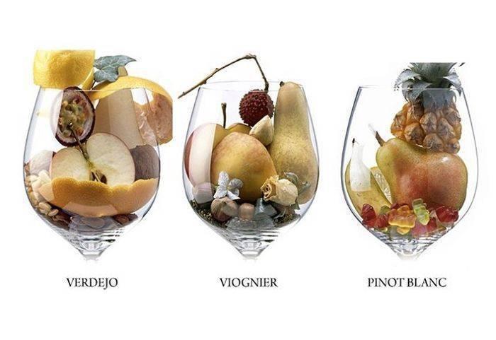 Вино в домашних условиях из ягод: 4 простых рецепта приготовления