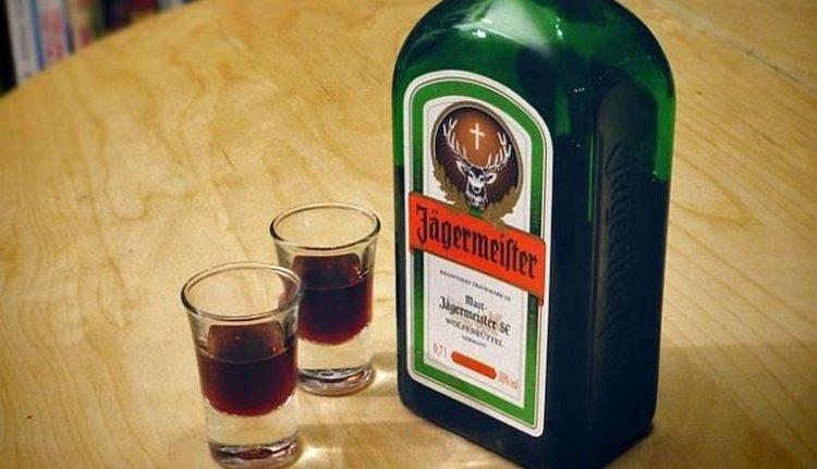 Егерь мастер: свойства напитка, как правильно и с чем пить ликер, как отличить от подделки