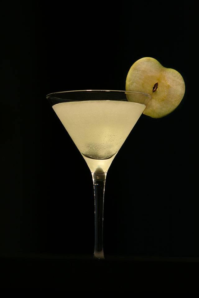 Коктейль джеймса бонда: мартини с водкой