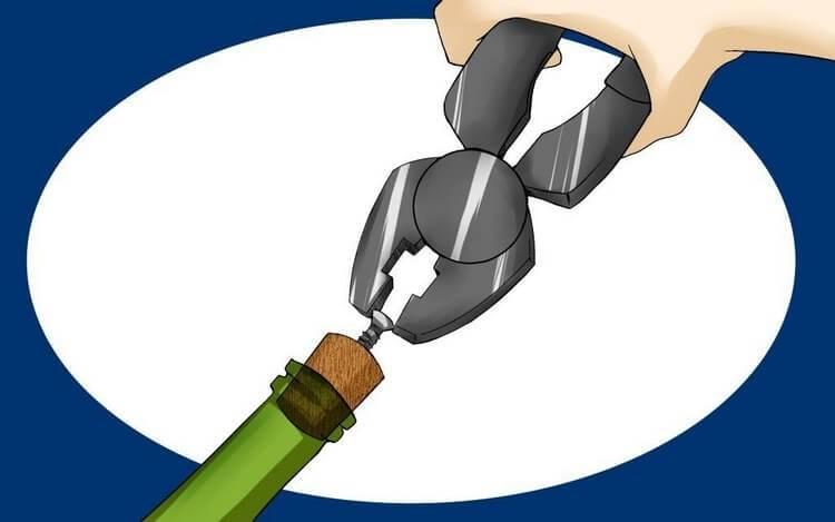 Легко и безопасно — как аккуратно открыть шампанское, чтобы пробка не вылетела из бутылки