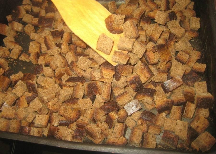 Домашние сухари в духовке. как делать сухарики в духовке из хлеба: рецепты «натуральных» снеков