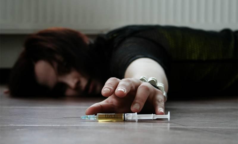 Трудный возраст: признаки наркомании у подростков