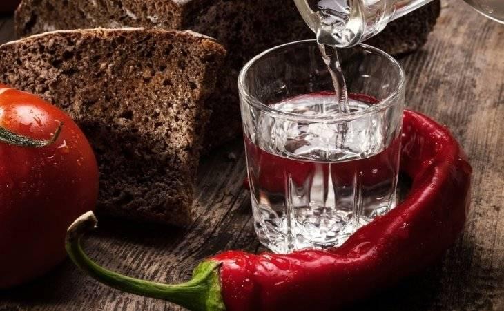 Перцовка на самогоне: рецепт домашнего приготовления, выбор ингредиентов, правила употребления