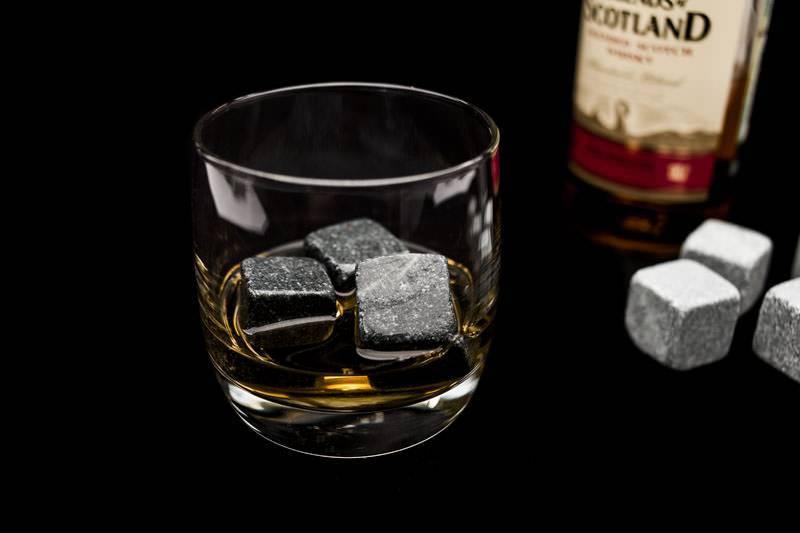 Камни для виски whiskey stones: для чего нужны, как изготавливаются и зачем помещать их в бокал с напитком