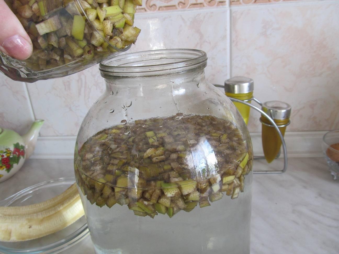 Банановая настойка на водке, самогоне или спирту в домашних условиях
