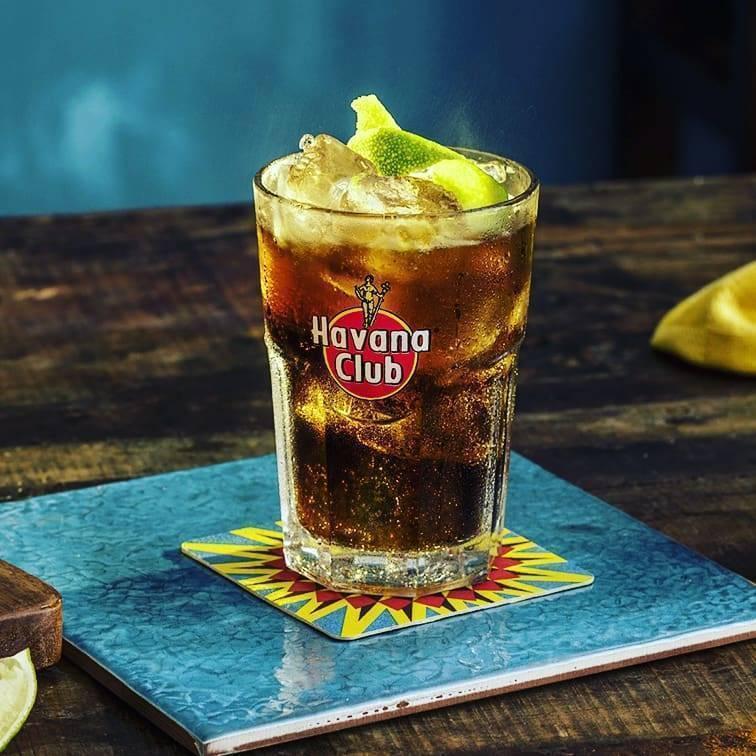 Рецепты коктейлей из рома и кока-колы