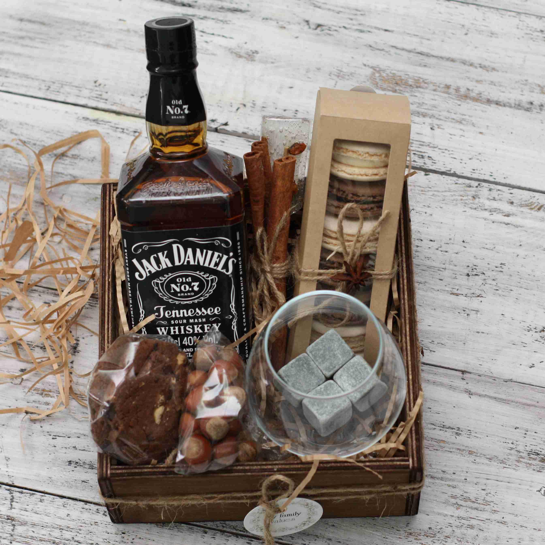 Хороший коньяк в подарок мужчине. узнаем как необычно упаковать в подарок мужчине бутылку коньяка?