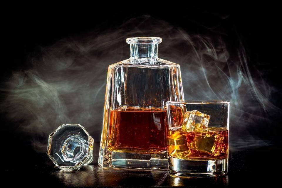 Подробный рейтинг и обзор самых популярных марок виски. какой виски лучше по цене и качеству? | про самогон и другие напитки ? | яндекс дзен