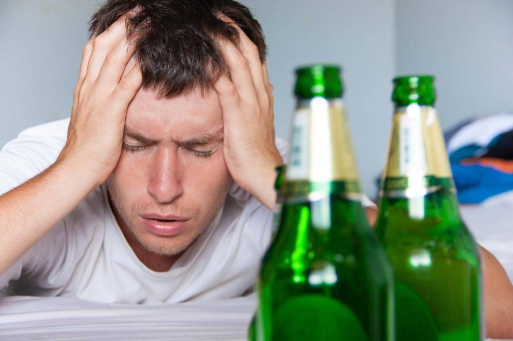 Как отучить мужа пить пиво каждый день? Пивной алкоголизм у мужчин