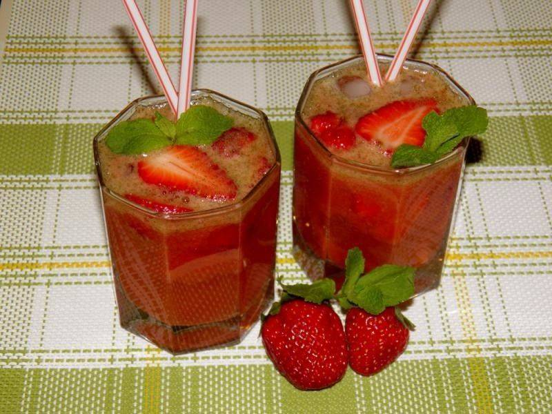 Мохито рецепт алкогольный клубничный