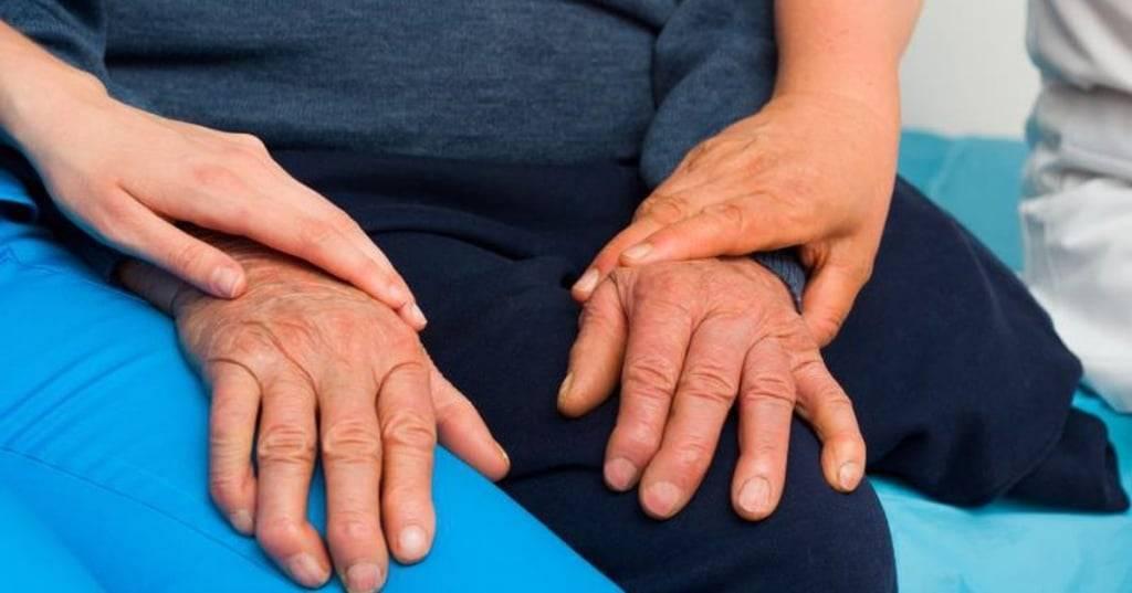Тремор рук: причины, лечение у взрослых
