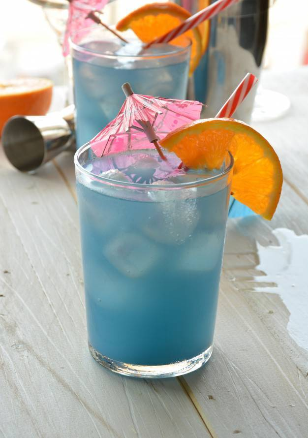 Секреты коктейля «голубая лагуна»