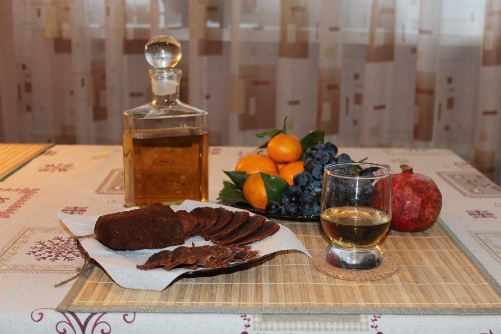 Как приготовить настойку на самогоне по лучшим пошаговым рецептам
