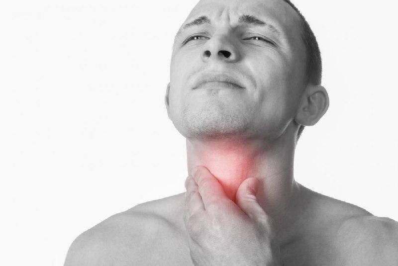 Почему болит горло после алкоголя
