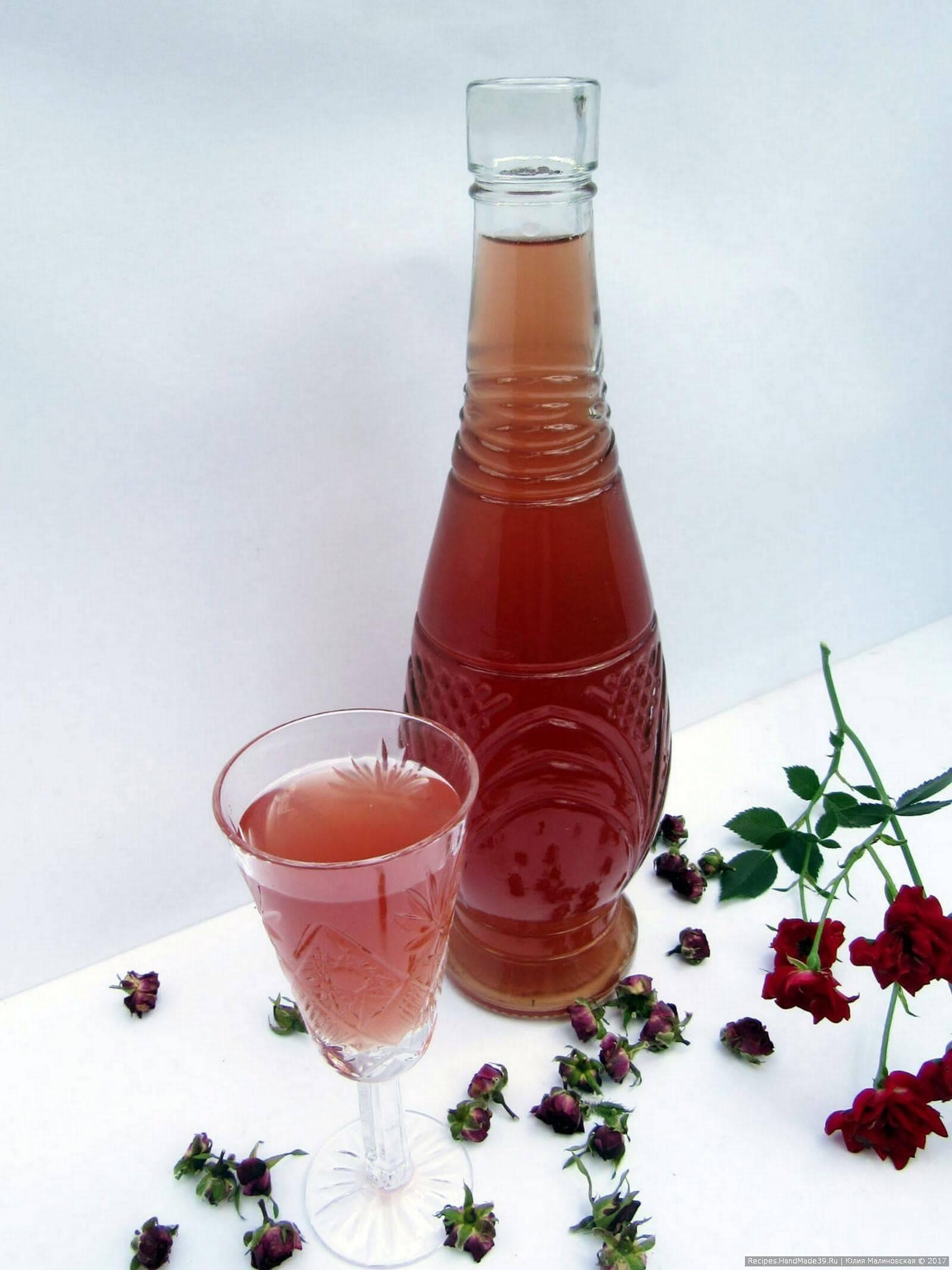 Ликер из розы: 7 рецептов в домашних условиях