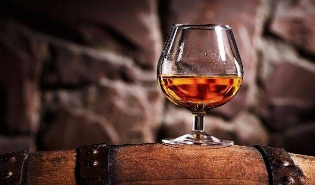 Домашний ром: рецепты имитации пиратского напитка из самогона